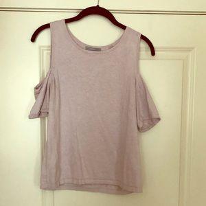 Slit shoulder light pink top